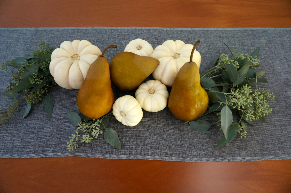 Thanksgiving centerpiece with seeded eucalyptus