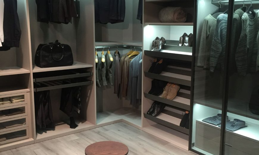 16 Innovative Bedroom Storage and Walk-in Closet Ideas