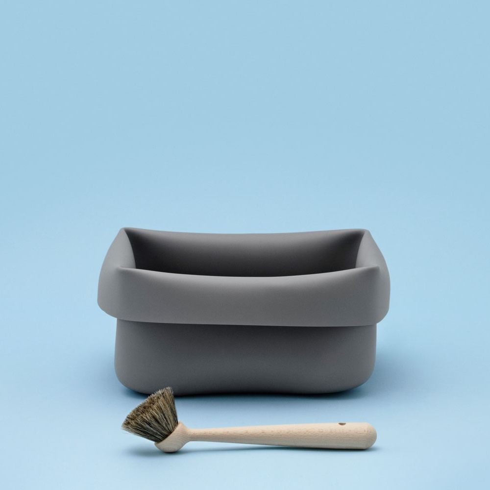 Washing-up Bowl & Brush. Image © 2016 Normann Copenhagen ApS.