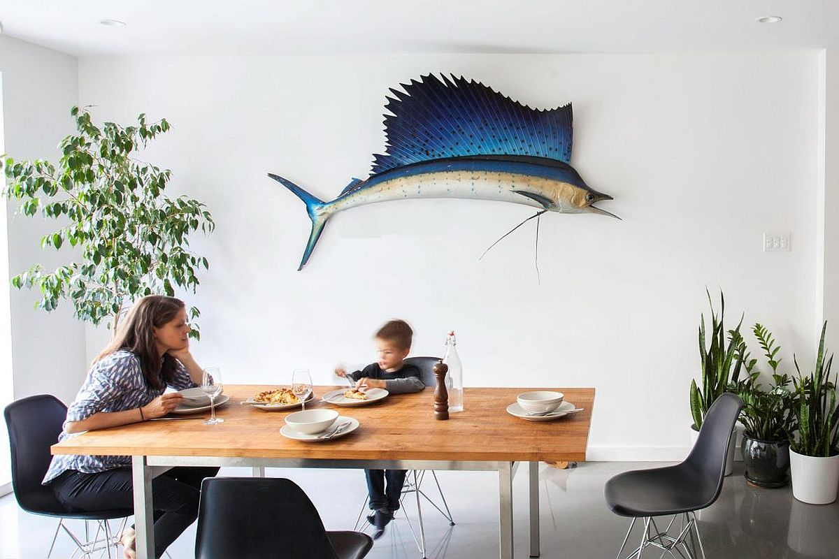 Add some color to the dining space with unique decorative pieces and indoor plants