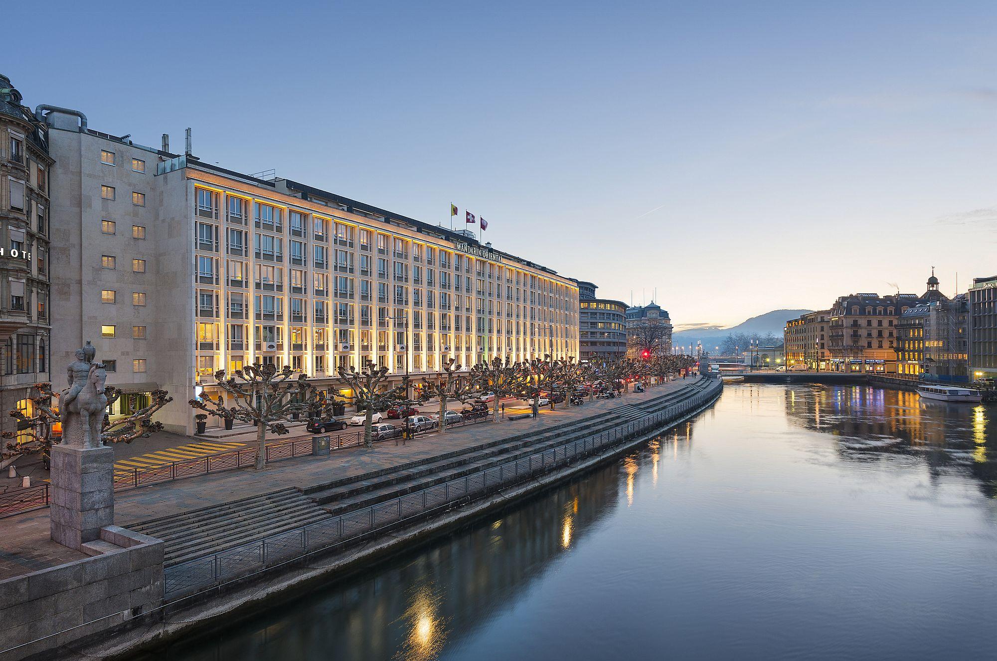 Amazing luxury hotel with lake view in Geneva - Mandarin Oriental