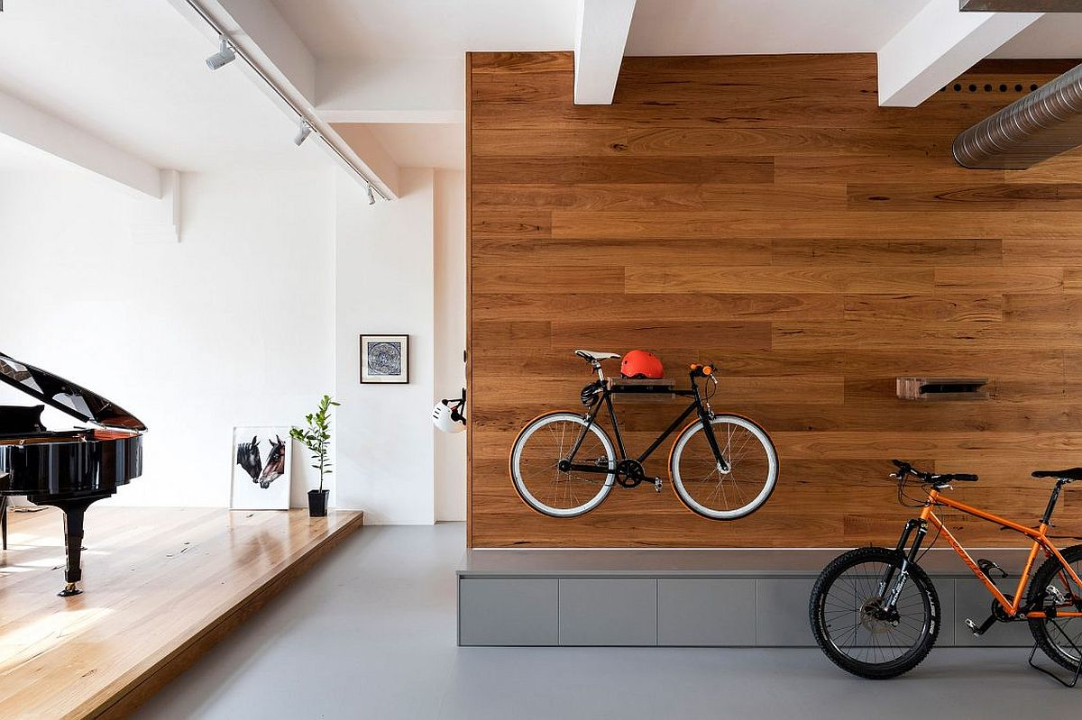 Bicycles used as decorative pieces in the foyer