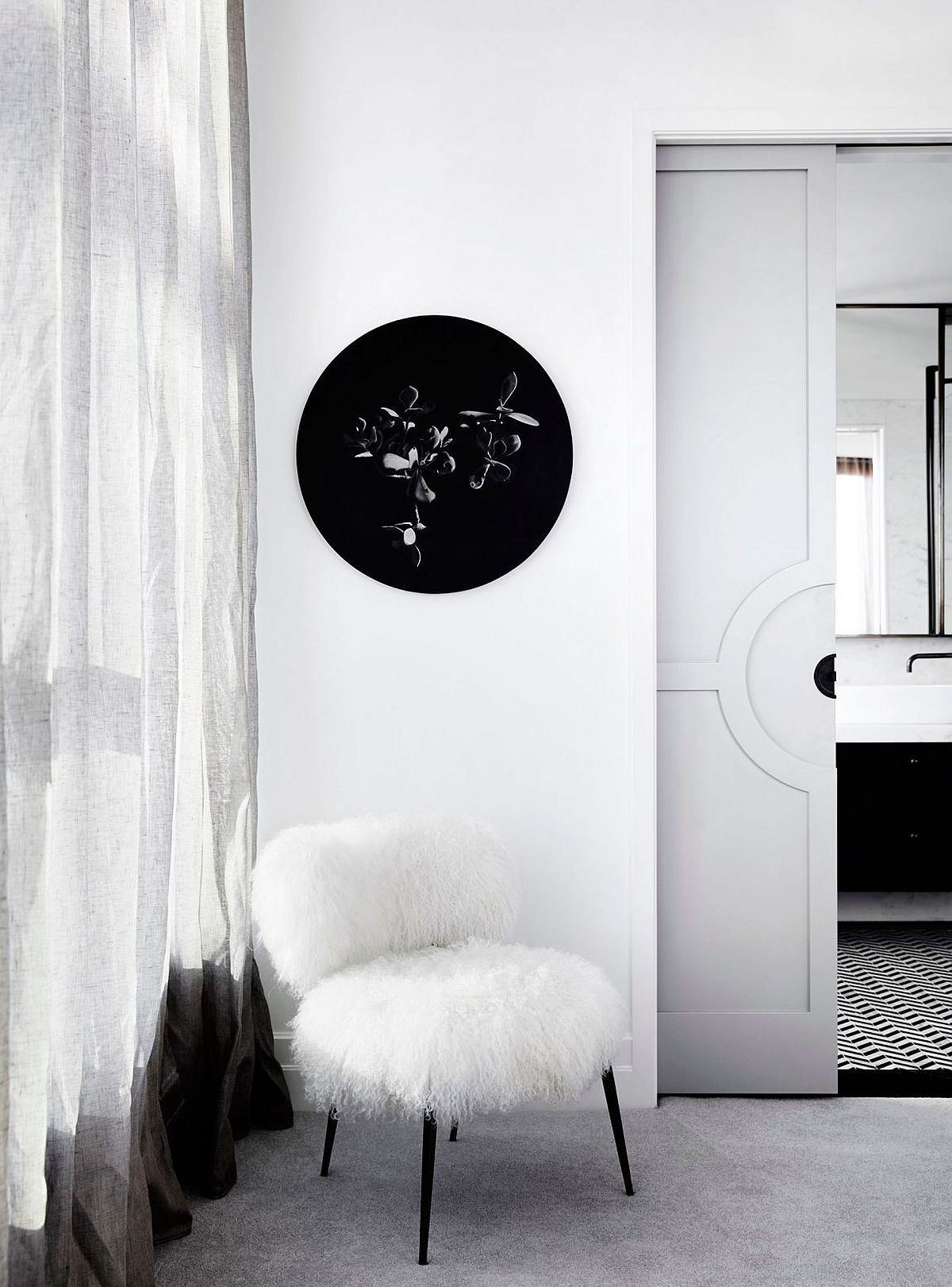 Black and white decorating theme with a hint of LA glitz