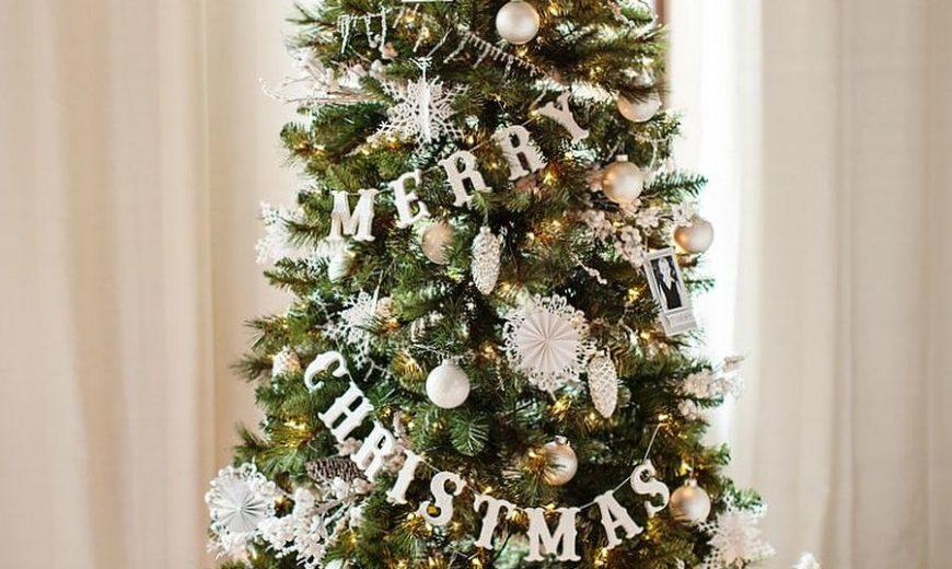 Homemade Festive Cheer: 25 Easy DIY Christmas Decorating Ideas