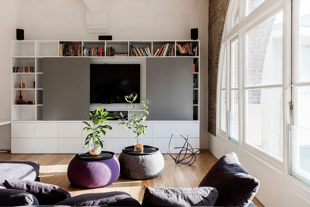 Contemporary bookshelf and gray accent wall for the living room
