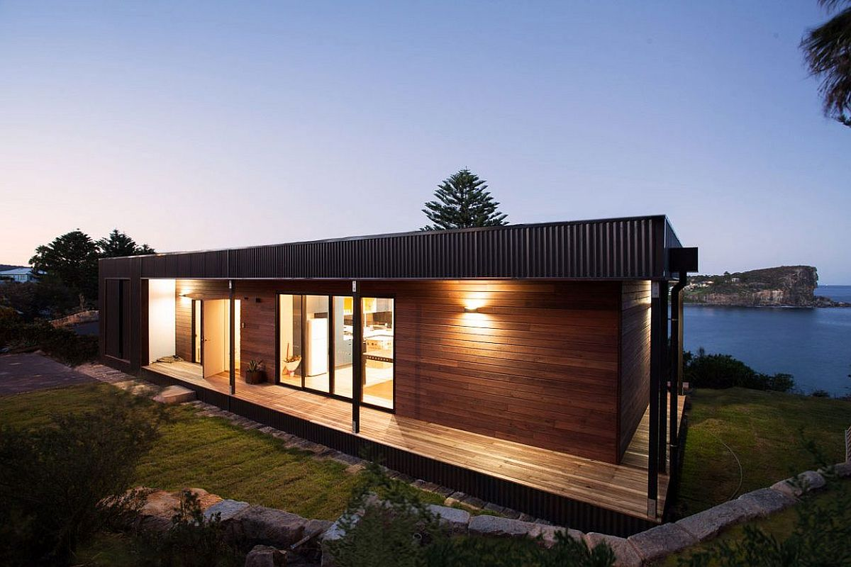 Design of the home with sustainable style creates minimal eco impact