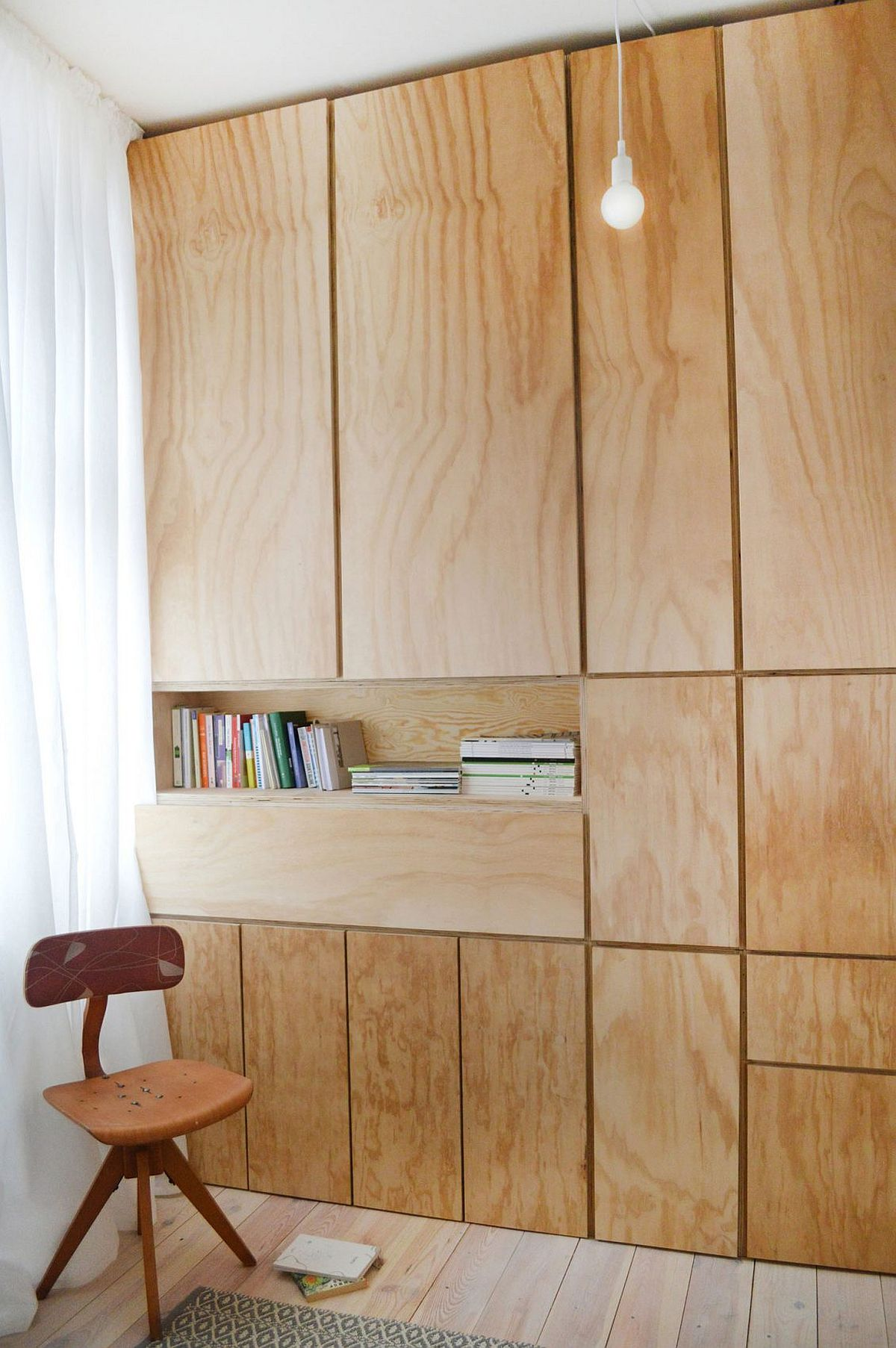 Drop down workdesk of the home office saves space