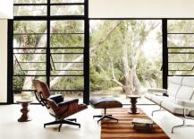 Eames House with Eames Classic Furniture 217x155 Design Classic Stories: The Eames Lounge Chair and Ottoman