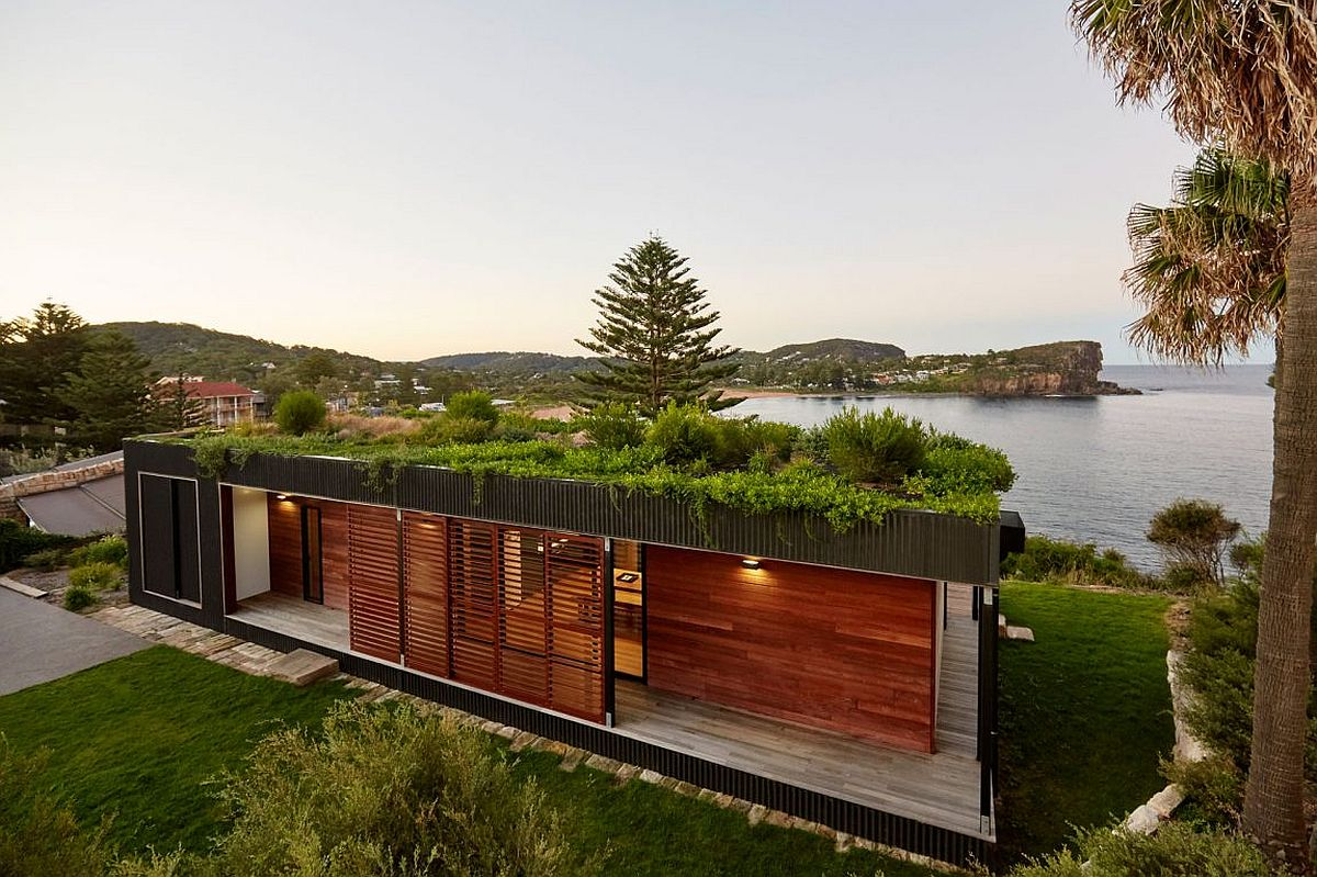 Contemporary Modular Home with Green Roof and Sustainable Style