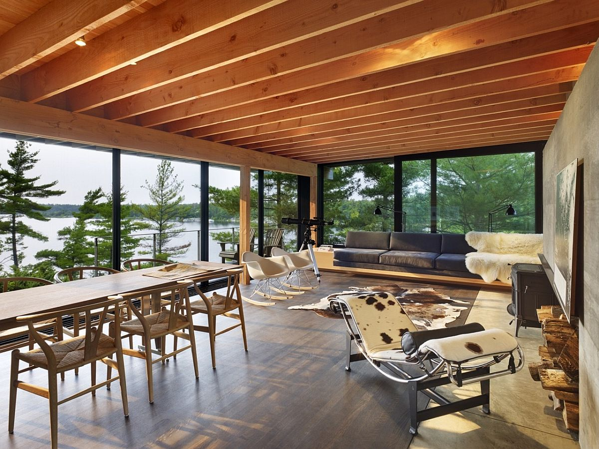 Exquisite weekend siland retreat with green roof and sustainable design