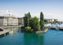 Four-Seasons-Geneva-is-the-oldest-and-one-of-the-most-luxurious-hotels-of-the-city-217x155
