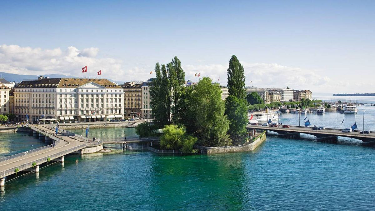 Four Seasons Geneva is the oldest and one of the most luxurious hotels of the city