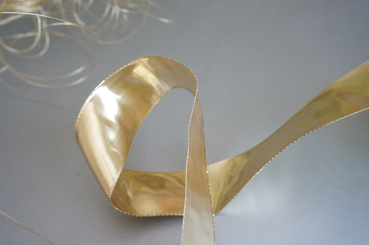 Gold wire and ribbon