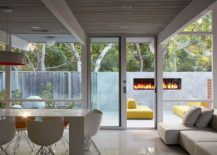 Gorgeous-outdoor-fireplace-becomes-a-part-of-the-interior-217x155