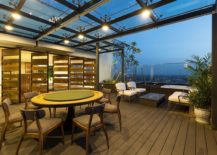 Interior-of-the-top-level-connected-with-the-rooftop-garden-217x155