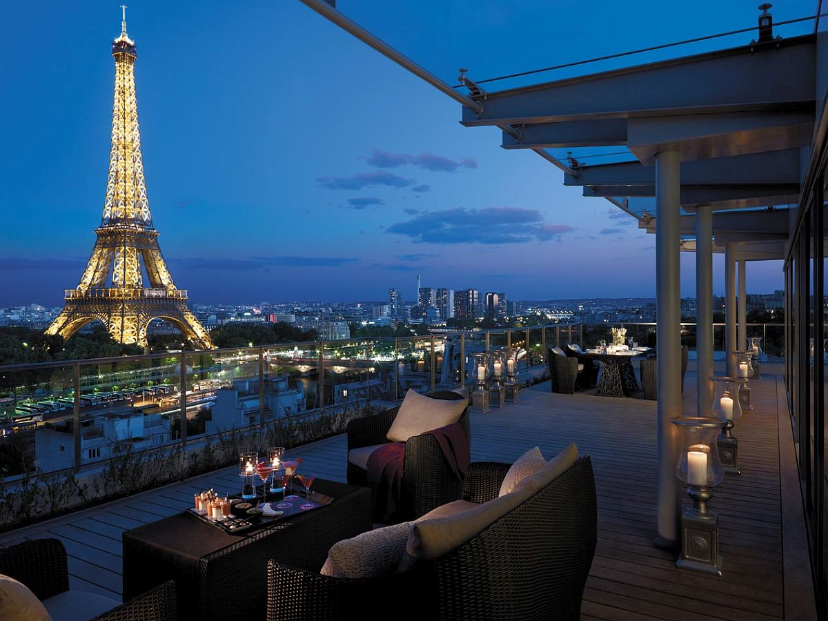 View in gallery Lavish suite with a view of the Eiffel at Shangri-La Hotel,  Paris
