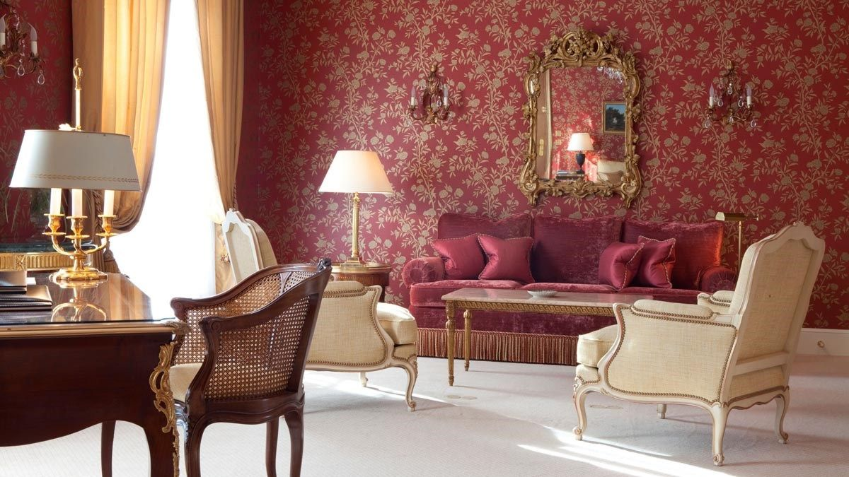 Luxurious interior of Le Bristol Paris
