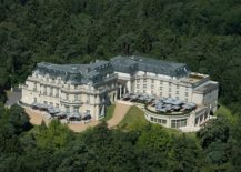 Majestic-French-luxury-hotel-surrounded-by-Chantilly-Forest-217x155