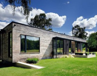 Eco-Friendly Dwelling: Contemporary Mobile Home Nestled in New Forest