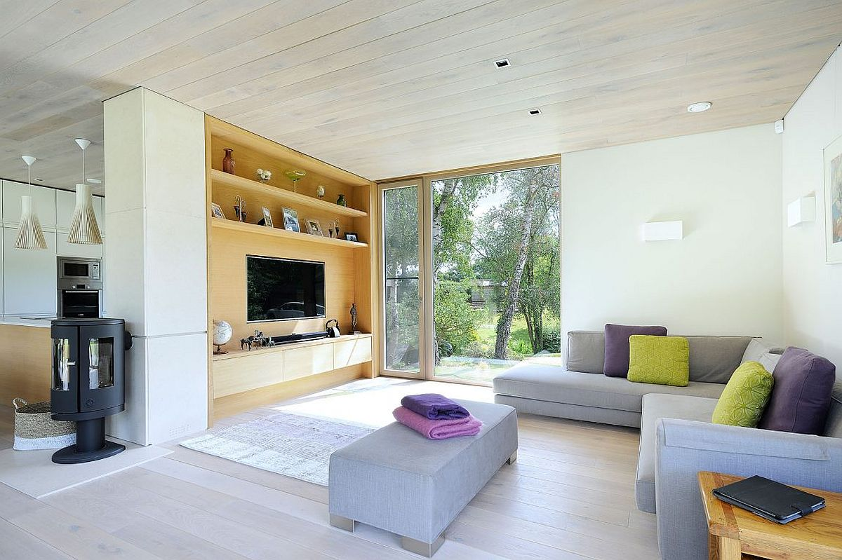 Modern and relaxing living room of the Forest Lodge