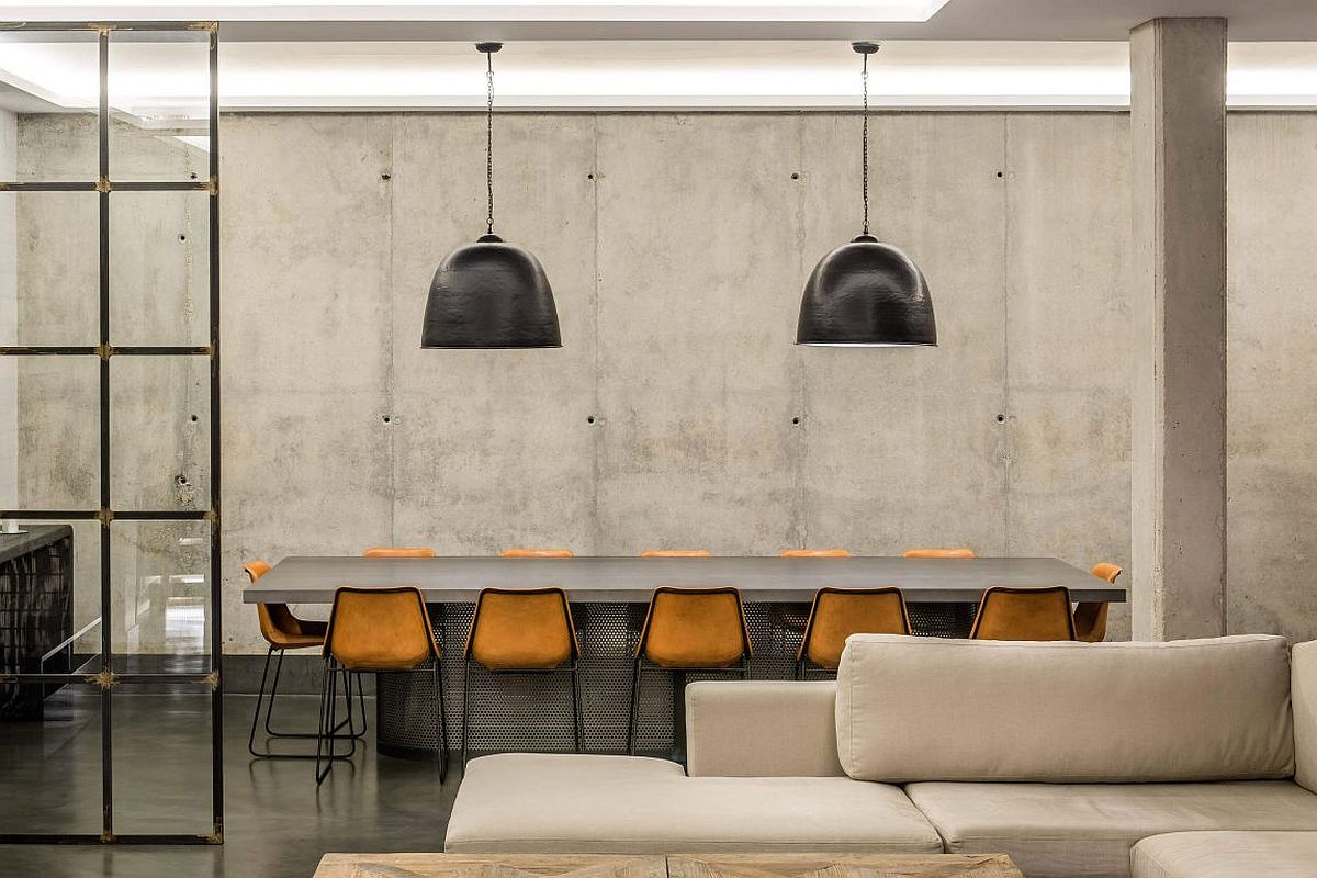 Oversized pendants for the industrila dining room