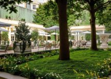 Relaxing-garden-at-Le-Bristol-Paris-217x155