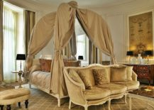 Royale-suit-at-the-Tiara-Chateau-Hotel-Mont-Royal-Chantilly-217x155