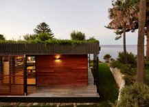 Small-modular-becah-house-with-green-roof-217x155