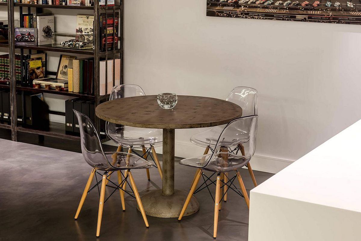 Small, round breakfast table in metal