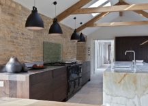 Stone-and-marble-sit-side-by-side-in-the-contemporary-kitchen-217x155