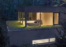Sustainable-lakeside-home-design-by-Specht-Harpman-Architects-217x155