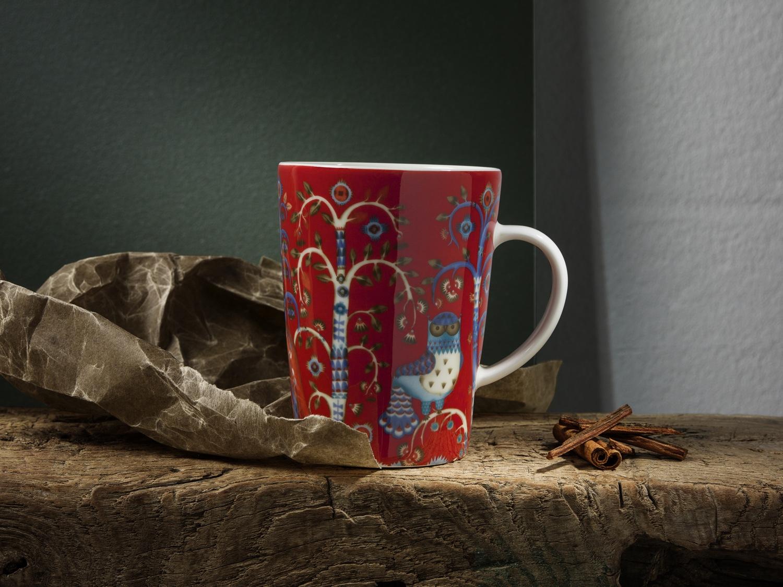 Taika mug in red. Image ©Fiskars Finland.