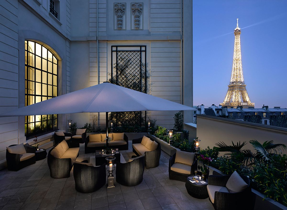 Terrace of Shangri-La Hotel, Paris