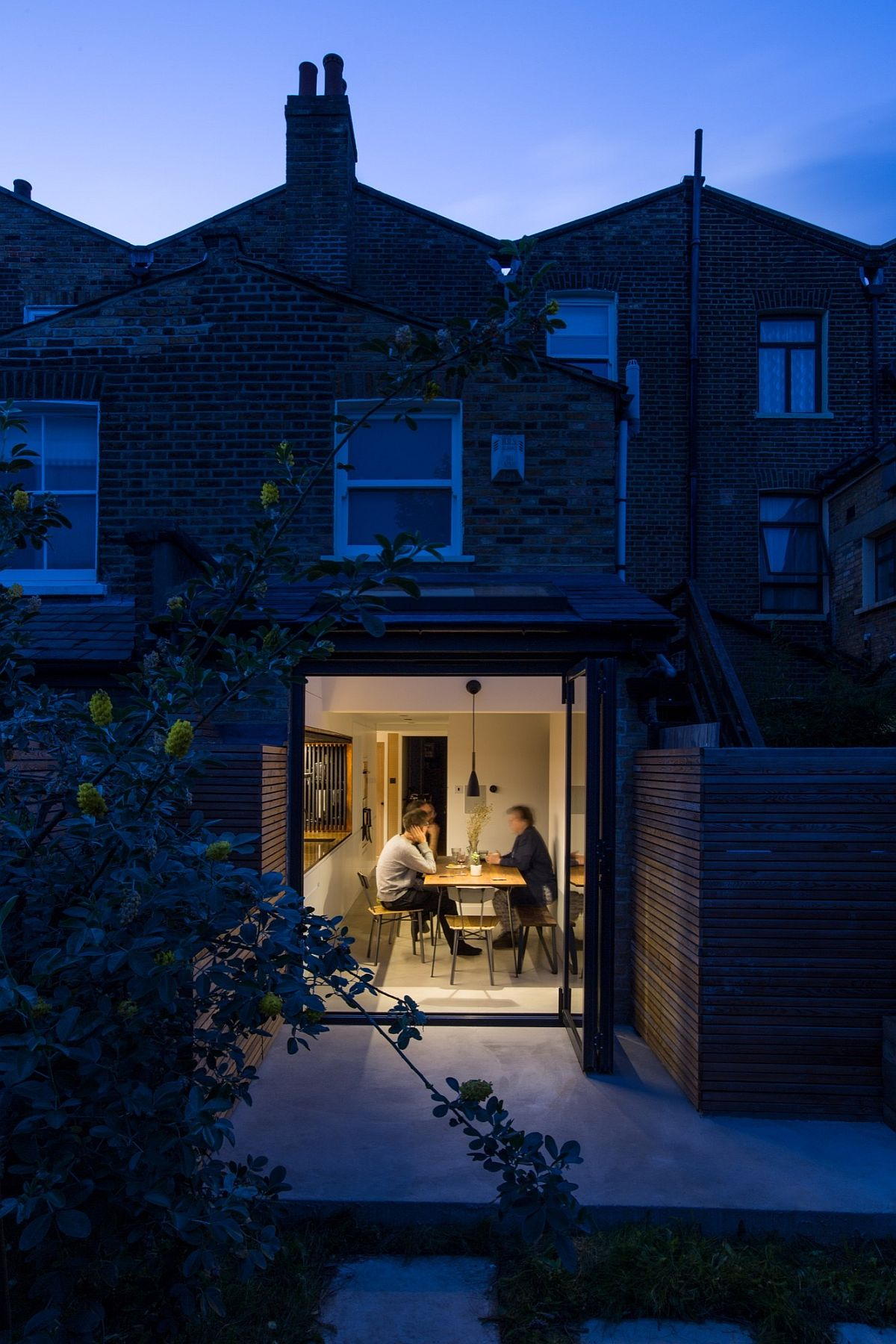 Terraced period home in London gets a modern rear extension