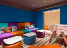 Touch-of-color-brings-freshness-to-the-luxury-retreat-217x155