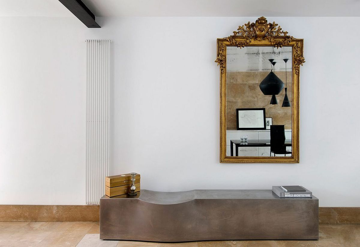 Antique gold-framed mirror for the modern interior