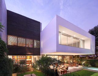 A Study in Crisp, Contemporary Design: Exquisite House M in Lima