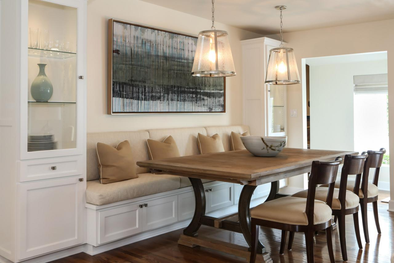 Dining in comfort with kitchen banquettes for Dining room banquette
