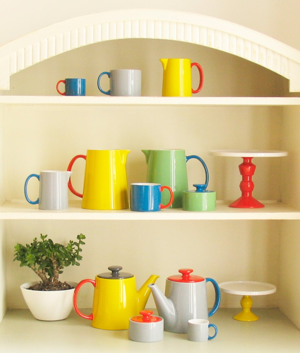 Colorful tea supplies by Anouk Jansen