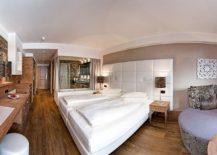 Comfy-and-brilliant-suites-at-Alpenresort-Schwarz-217x155