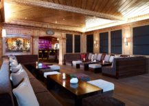 Comfy-bar-and-sitting-room-at-Interalpen-Hotel-Tyrol-217x155