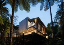 Contemporary-home-on-the-edge-of-a-national-park-217x155