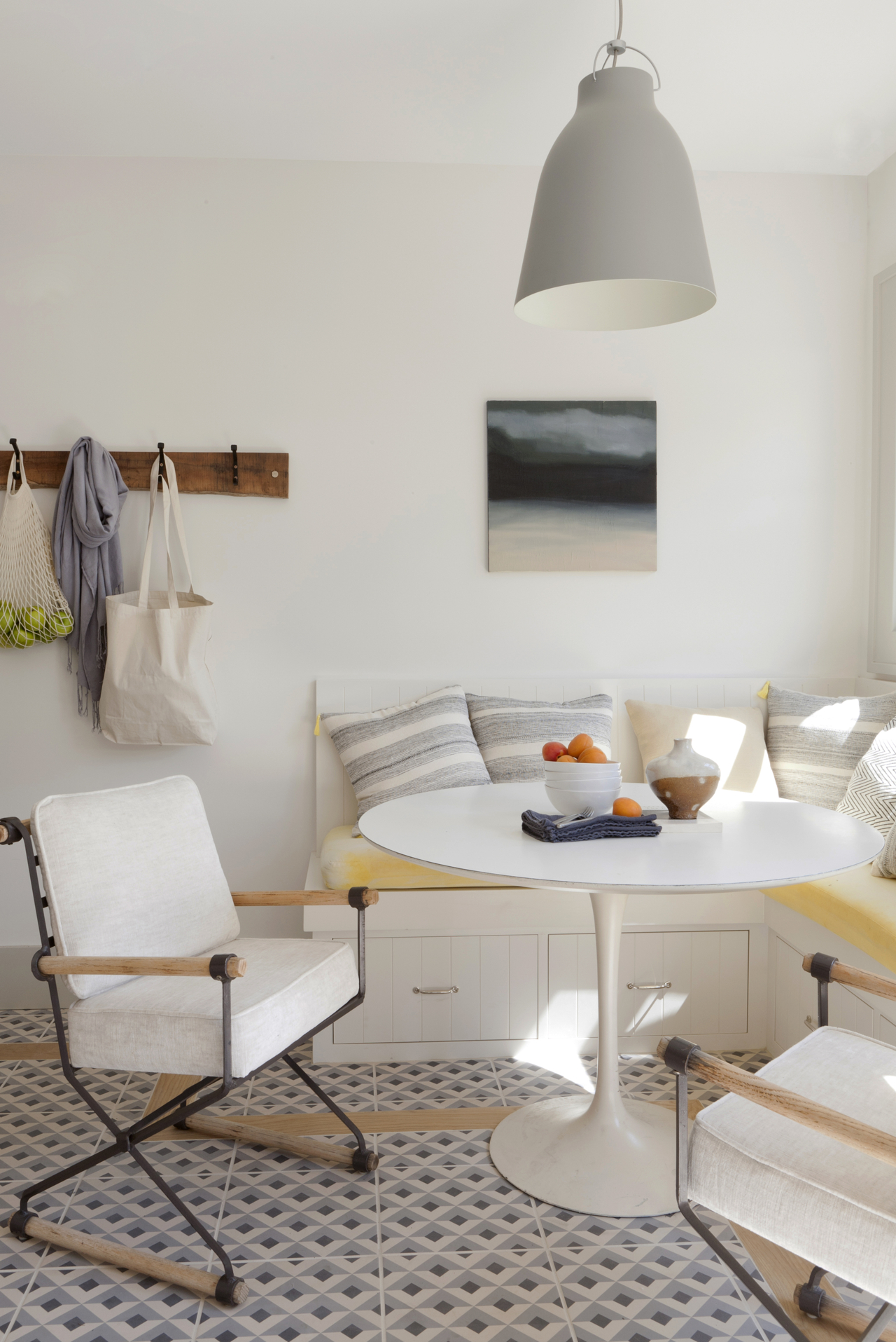 Convenient banquette fit for a small table