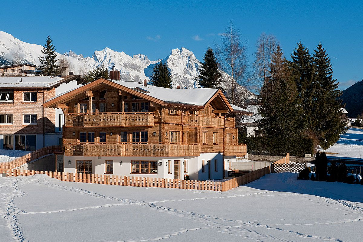 Cozy-and-luxurious-Chalet-Alexandra-in-St-ANton