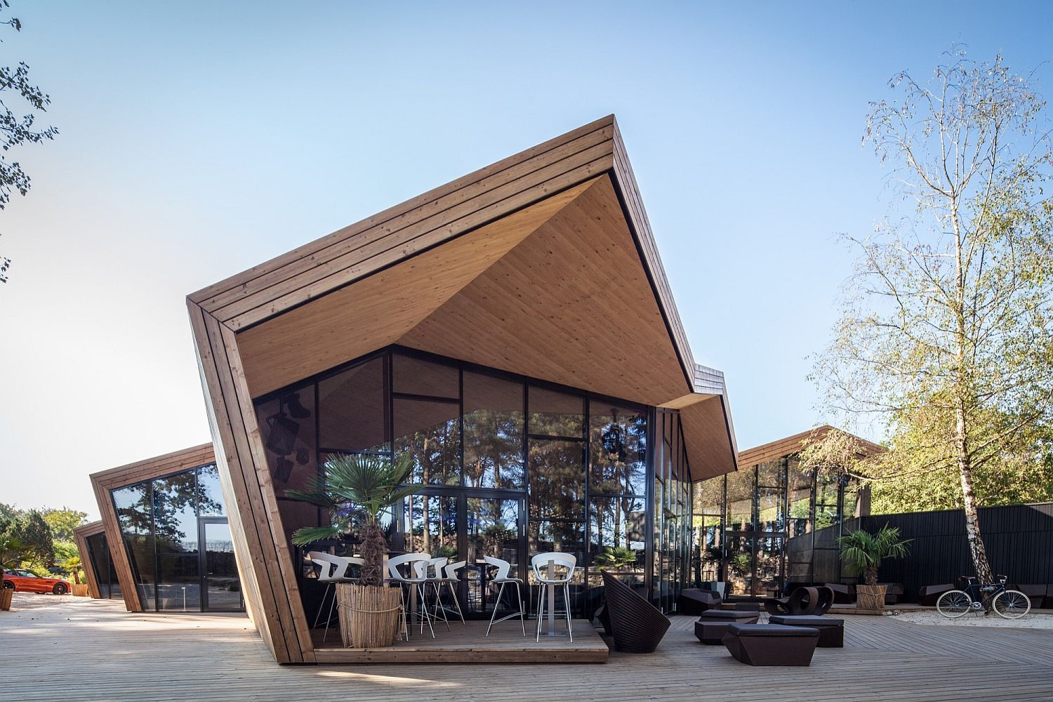 Creative Boos Beach Club Restaurant in Luxembourg Inspired by the Art of Origami: Creative Beach Club Restaurant in Luxembourg