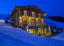 Exclusive-chalet-uberhaus-in-Lech-with-lovely-ski-slopes-all-around-it-217x155