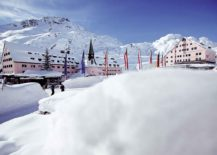 Exquisite-hotel-in-Austria-offers-a-gateway-to-the-best-ski-slopes-in-Europe-217x155