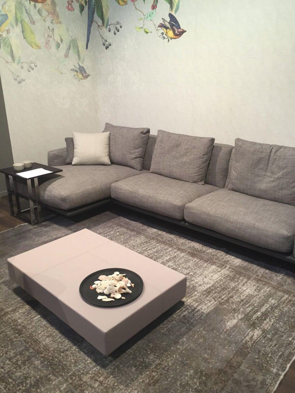 Go-one-shade-lighter-for-your-sofa-throw-pillows