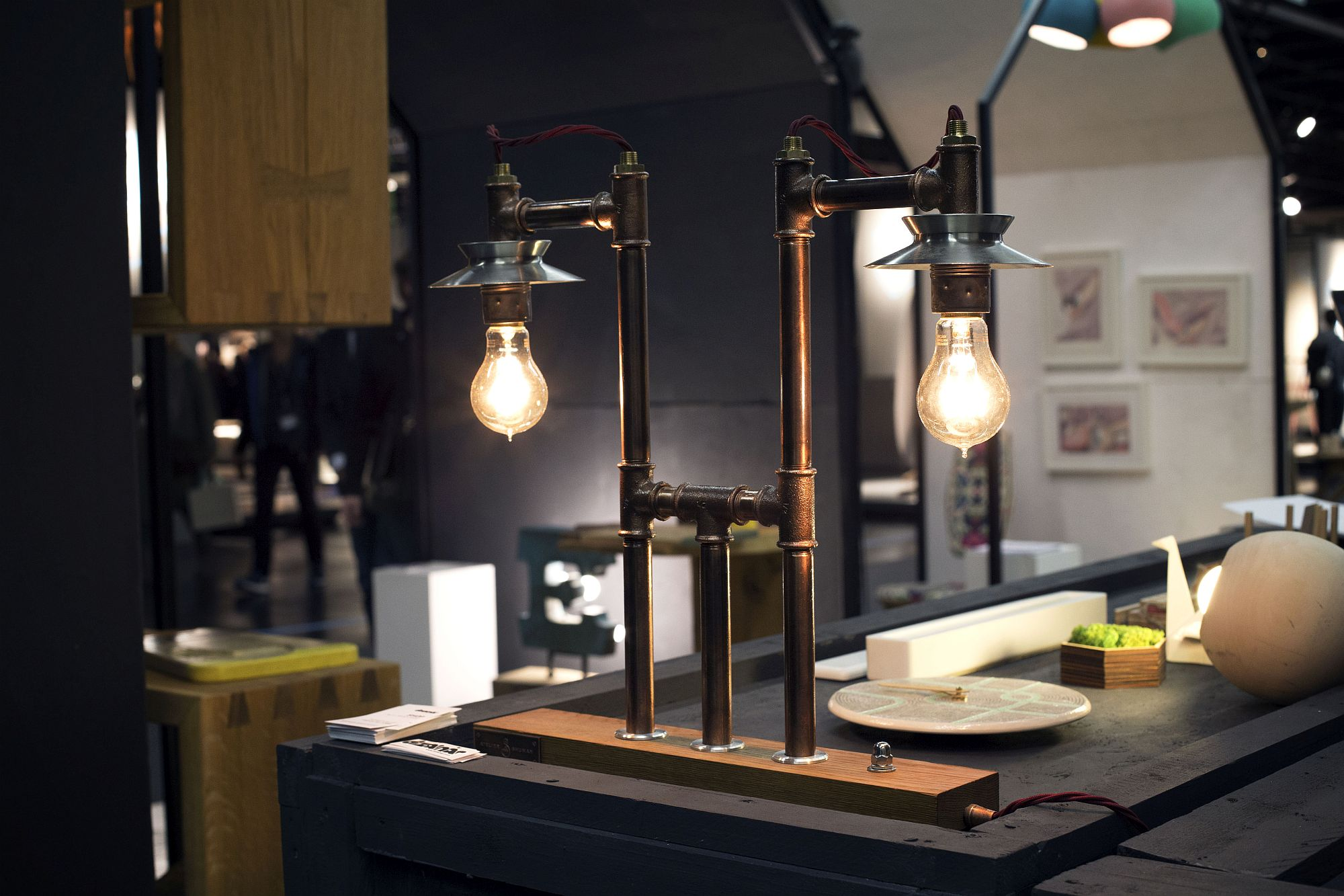Gorgeous-lamps-from-Dizainar-at-IMM-Cologne-2017