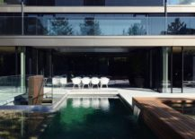 Large-open-deck-and-pool-of-the-POHO33-217x155